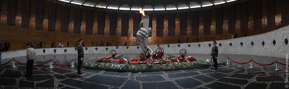 Пантеон Славы на Мамаевом кургане
