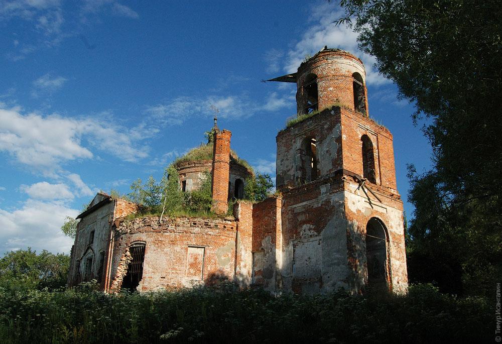 Церковь Рождества Пресвятой Богородицы в Гостешево