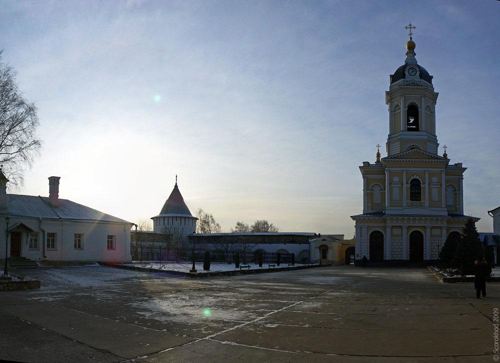 Серпухов. Колокольня Высоцкого монастыря